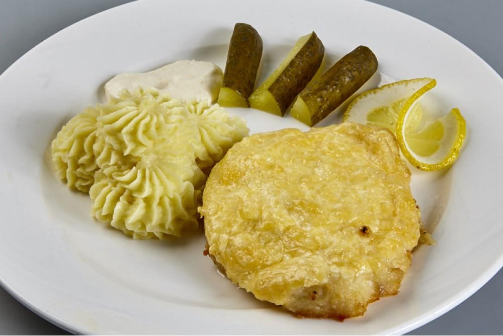 Филе трески под сырным соусом